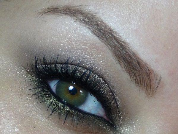 Très sourcil libanais de A à Z pour avoir de beaux yeux RT99