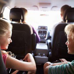 Trajet en voiture avec enfant